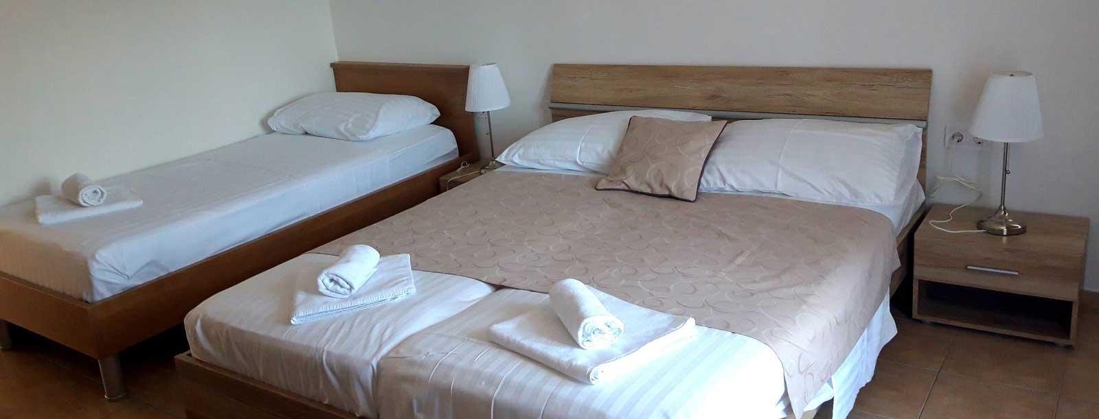 trokrevetna-hotel-albamaris