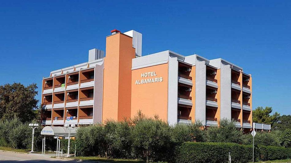 hotel-albamaris